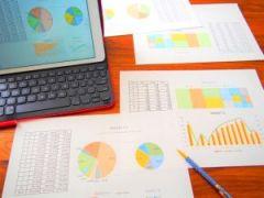 決算発表と業績分析